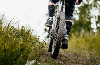 calories burned mountain biking