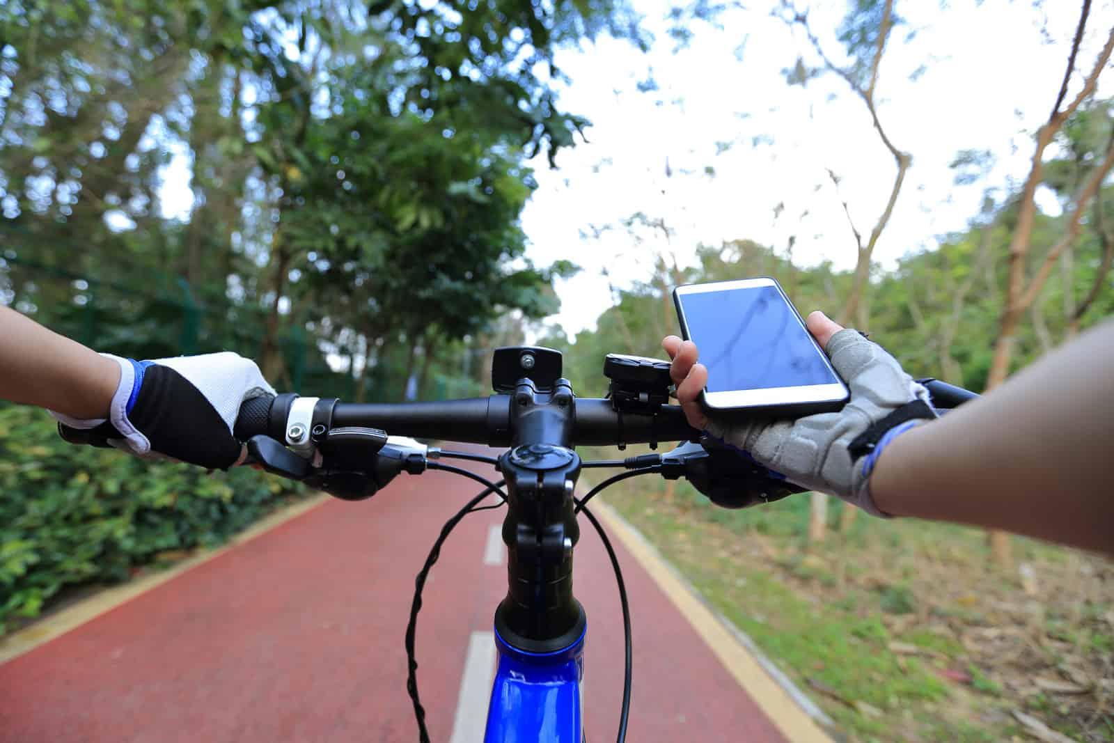 google maps speed for biking routes