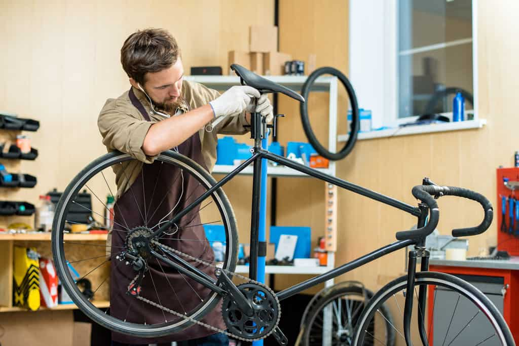 bicycle repair stand for all your repair processes