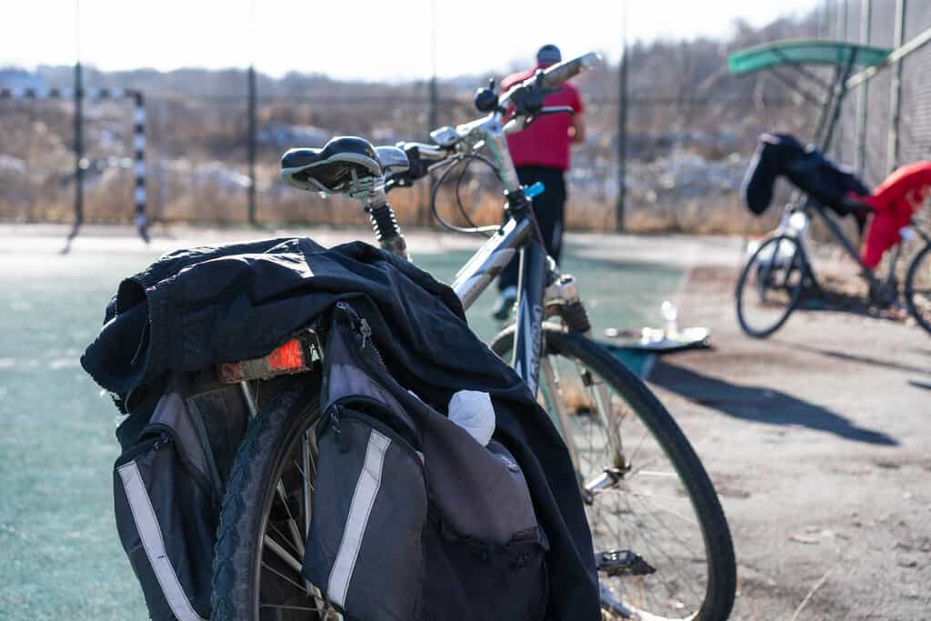 bike saddle bag to put under your seat
