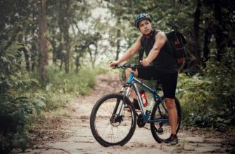 prepare for mountain bike race