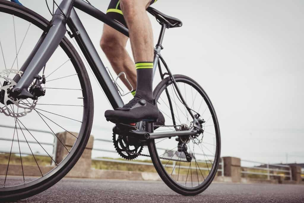 flat pedals for road bike
