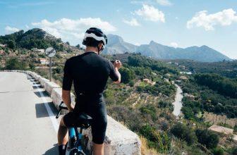 touring bikes vs road bikes