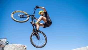 8 Best Bike for Wheelies in 2020