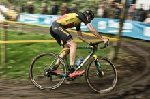 3 Best Cyclocross Bikes for Versatile Cycling in 2020