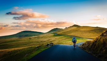 How to Descend on a Road Bike Safely