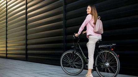 8 Best Hybrid Bikes Under 300 in 2020