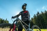 5 Best Mountain Bike Forks Under $200 in 2021