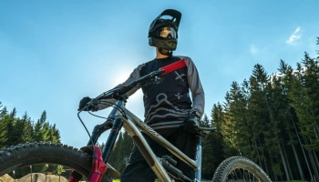 5 Best Mountain Bike Forks Under $200 in 2020