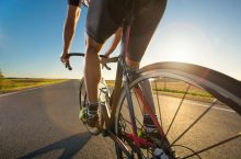 7 Best Road Bikes Under $2000 in 2020