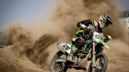 What to Wear Dirt Biking: Top 7 Outfits